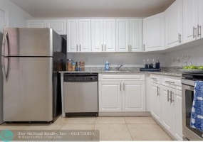 9357 77 Ave, Miami, Florida 33156, 1 Bedroom Bedrooms, ,1 BathroomBathrooms,Rental,For Rent,77 Ave,F10251113