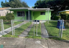 5515 24th Ave, Miami, Florida 33142, 3 Bedrooms Bedrooms, ,2 BathroomsBathrooms,Residential,For Sale,24th Ave,F10261730
