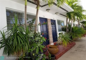 724 85th St, Miami Beach, Florida 33141, 1 Bedroom Bedrooms, ,1 BathroomBathrooms,Rental,For Rent,85th St,F10263211