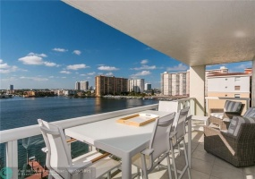 17050 Bay Rd, Sunny Isles Beach, Florida 33160, 2 Bedrooms Bedrooms, ,2 BathroomsBathrooms,Residential,For Sale,Bay Rd,F10263604